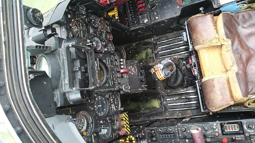 L'aéronautique Navale fait escale à Blagnac Dsc_0023