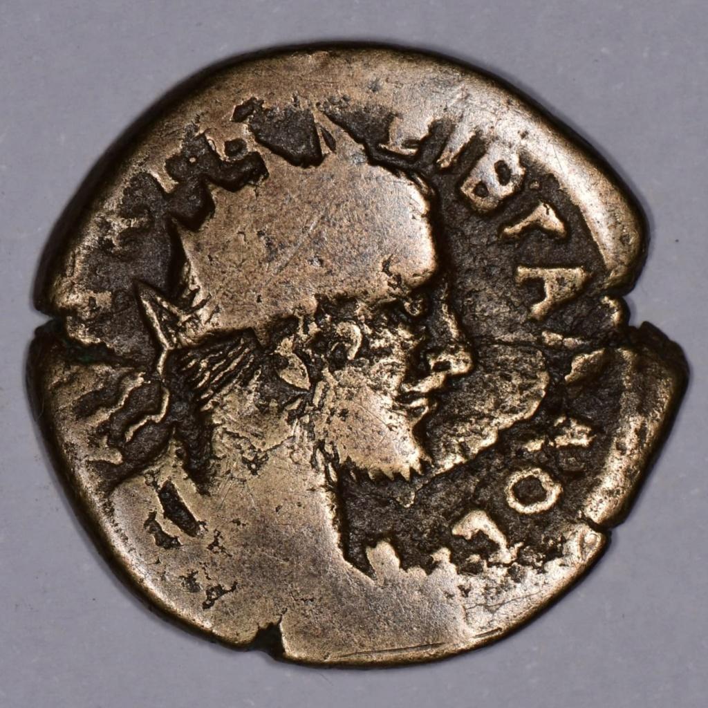 AE24 de Treboniano Galo. NIKAIEΩN. Serapis. Nicea C6223610