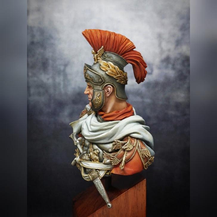 1/10 Buste - Officier de cavalerie romain - Page 2 12834010