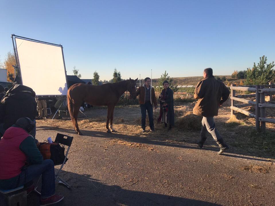 Конь изабелловой масти (2018) - Страница 2 Nni5ce10