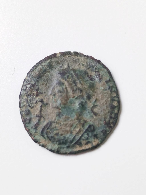 AE3 de Constantino I. BEATA TRANQVILLITAS. Trier Img_2035