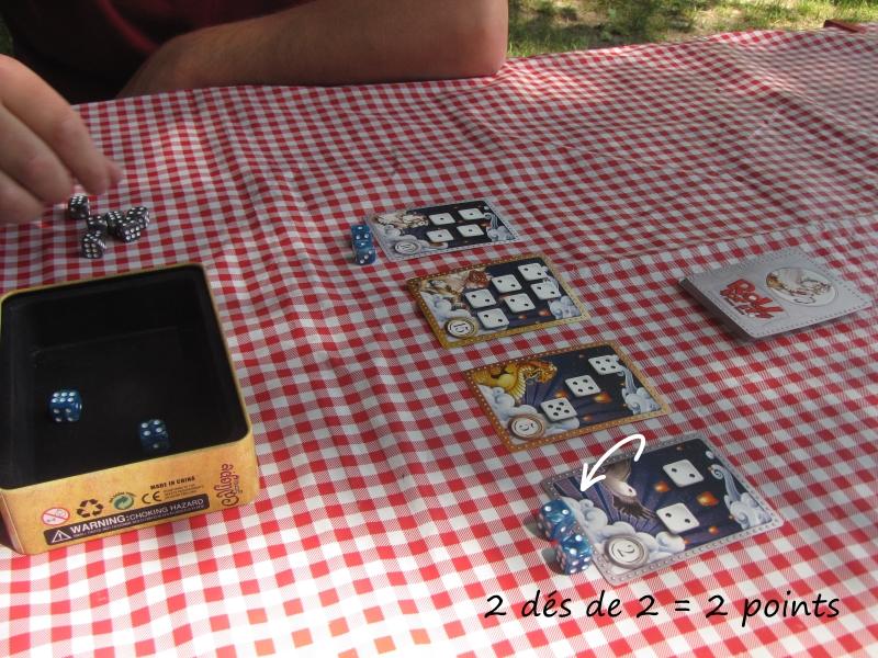 Jeux de voyage ou en petit format  (travel board games) Roll_f12