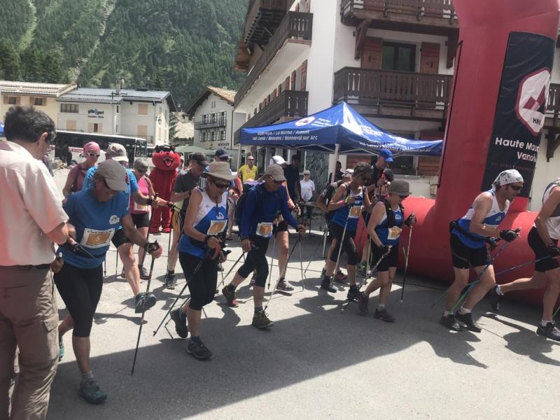 Encore du Bleu à la Marche Nordique des Alpes (06/07/2019) Img_3810