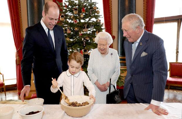Маленький принц и его родители плюс сестричка - Страница 4 114