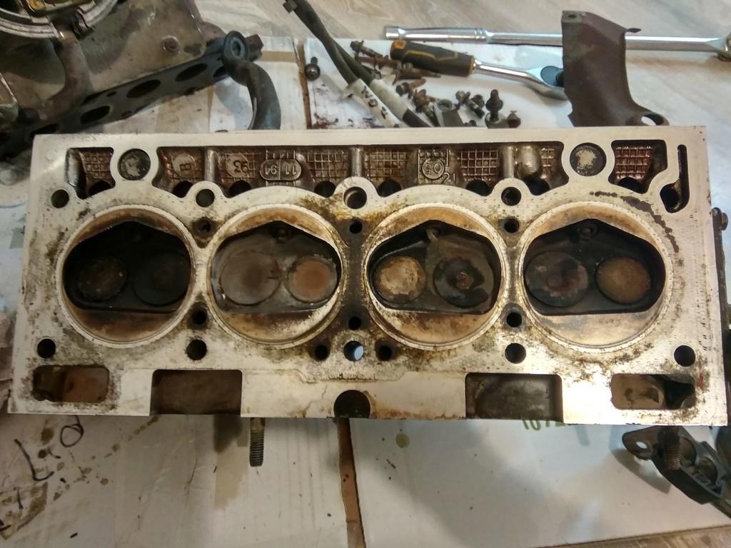 C3g engine head removal (SUJET EN ANGLAIS)  Img_2010