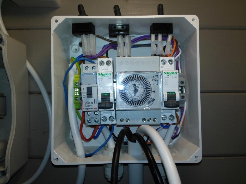 Cablage PAC pour l'asservicement Img_2020