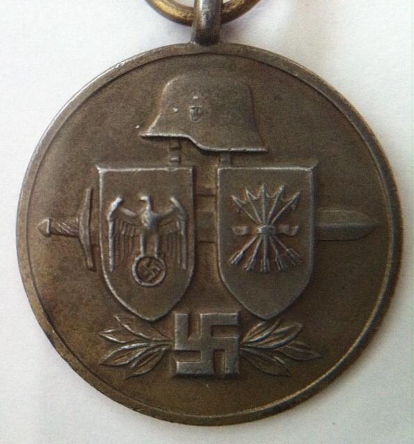 Médaille des volontaires espagnols partis en Russie - WW2 Image10
