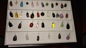 comment rangez vous vos pendentifs Img_2012
