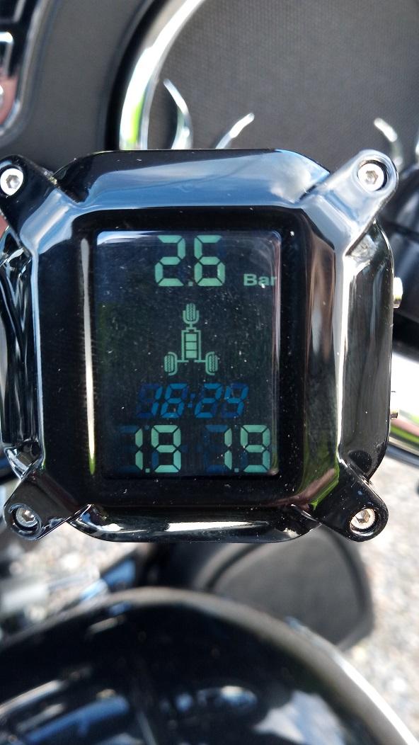 Contrôleur pression des pneus - Page 2 P_202023