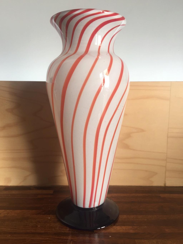 Is my vase TK Maxx tut or Italian Treasure? Img_0410