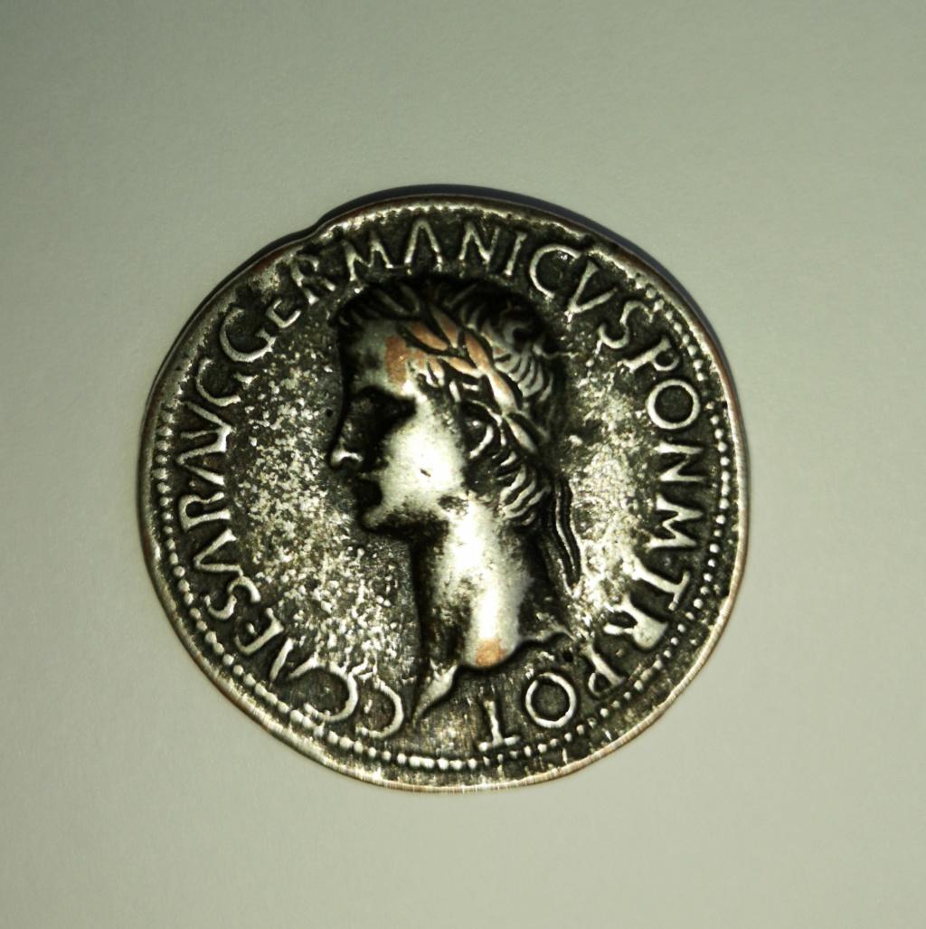 Moneda antigua Italia  Img_2012