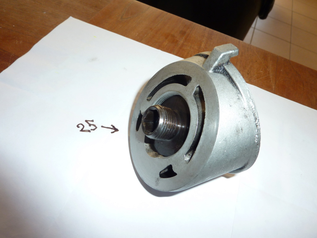 Filtre a huile Piece qui tourne Pas à Gauche ou pas  P1080816