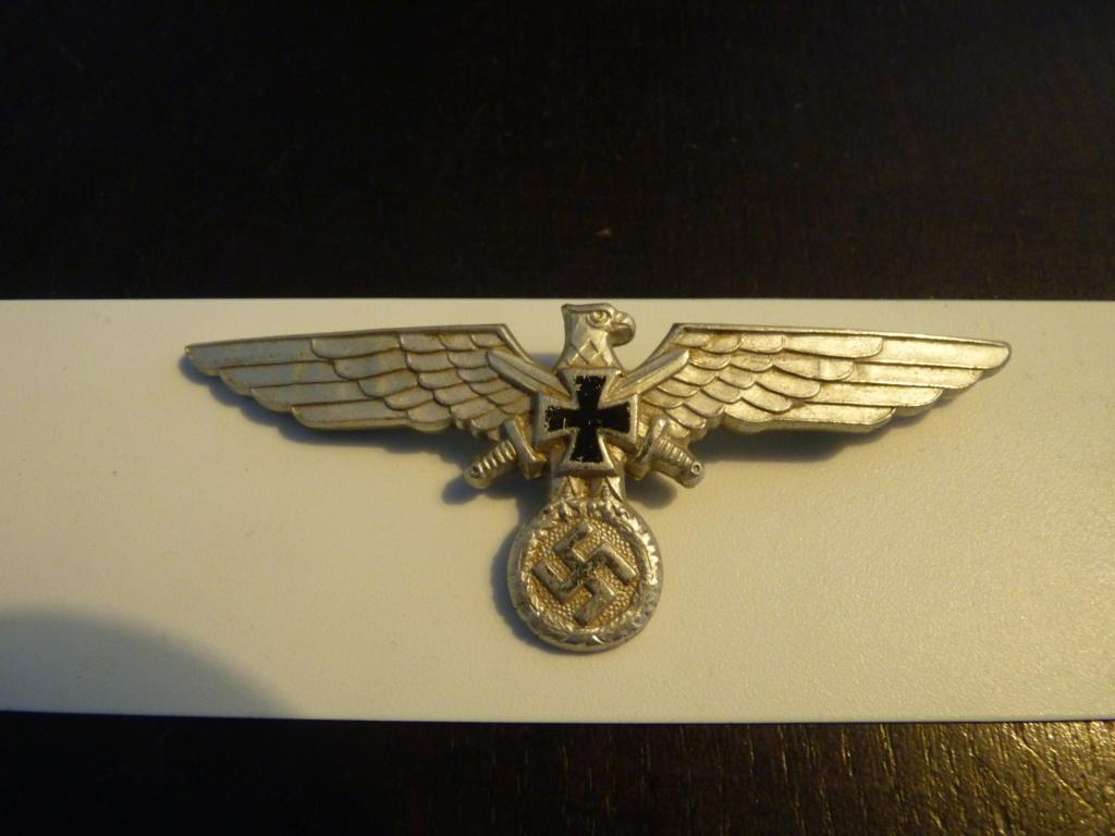 authentification insigne luftwaffe et insigne ancien combattant P1070354