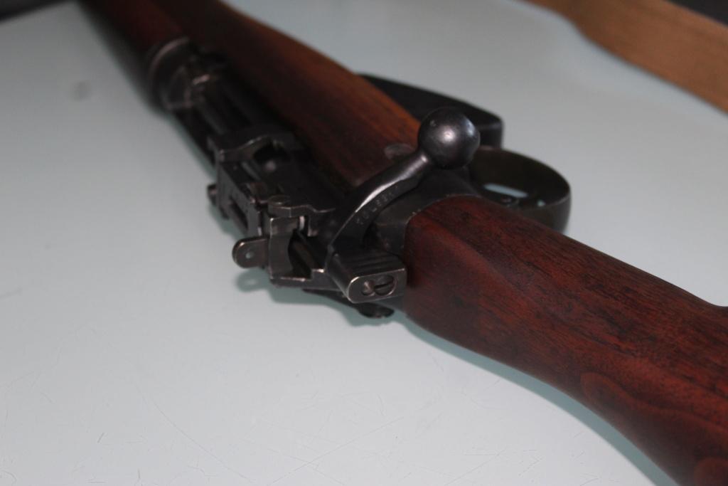 Lee Enfield n°4 mk1* de 1944 fabriqué à Long Branch Img_4622