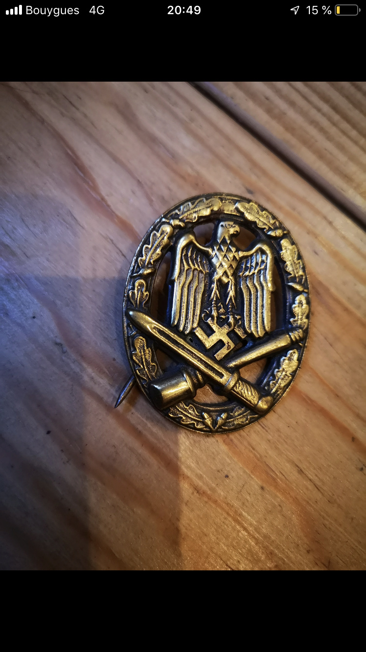 Badge Souval 04970810