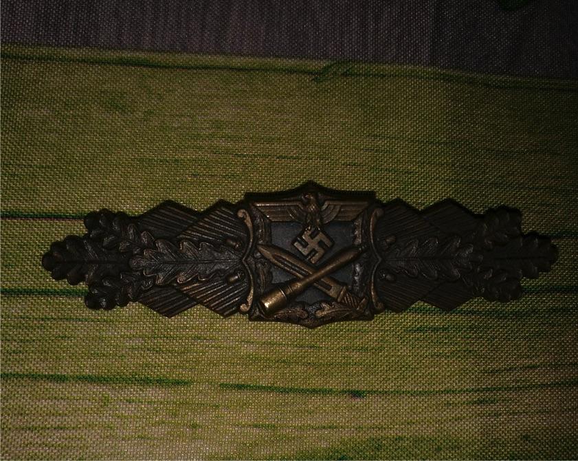Agraffe de combat rapproché et insigne de combat d'infanterie Agrafe10
