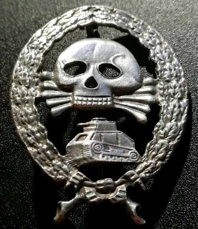 Insigne Panzer Legion Condor Captur11