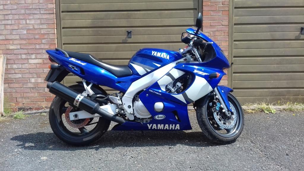 2003 Yamaha Thundercat (Blue and White) 42310