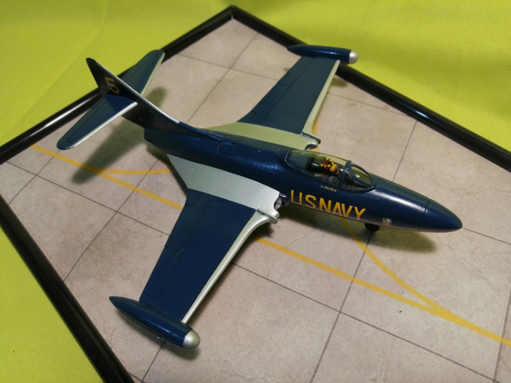 F-9 PANTHER F-5 Blue Angels (Revell) 1/72 - Page 3 Img_2015