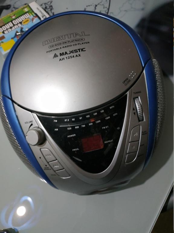 Aiuto radio/cd Majestic AH 1254 AX Img_2010