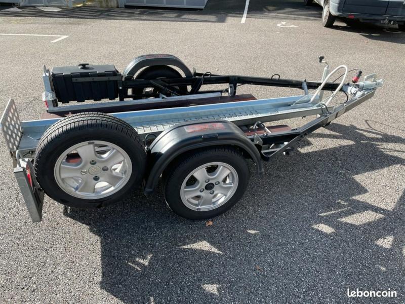 Projet de camping-car - moto embarquée - Page 4 Ddb20d11