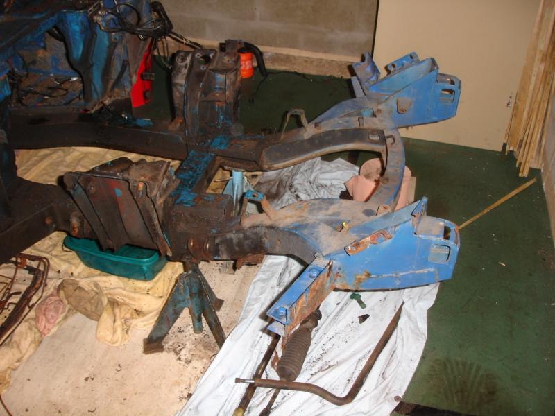 Je commence un gros dossier. restauration Spitfire Dsc00016