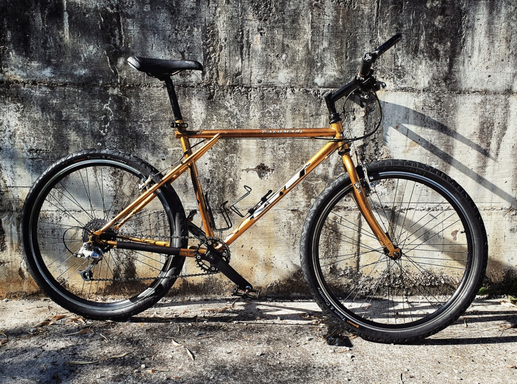 GT Palomar 1998  Gold & Black 20200522