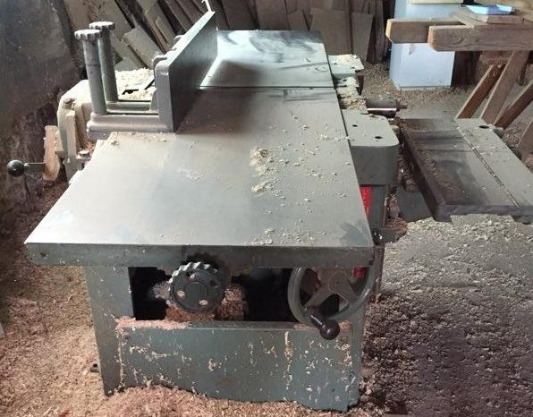 Une ancienne Marque de machine a Bois francaise :  Mougeotte Mougeo10