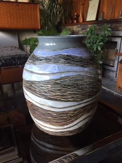 Large Stoneware Vase with Forirn / Oriental Mark Img_3910
