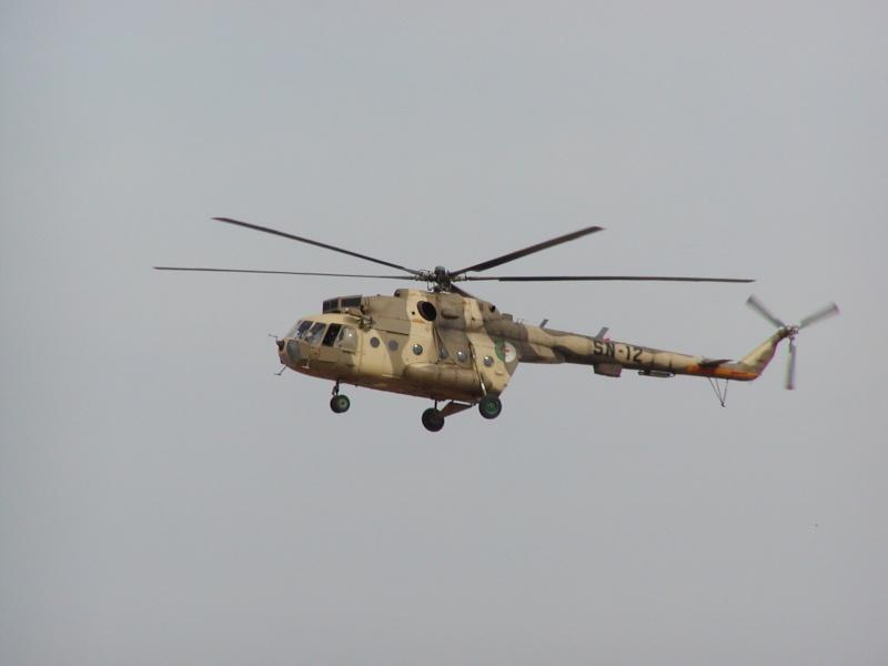 صور الطائرة المروحية الجزائرية ال:MI-17 التي تم تطويرها: Fswm_a10