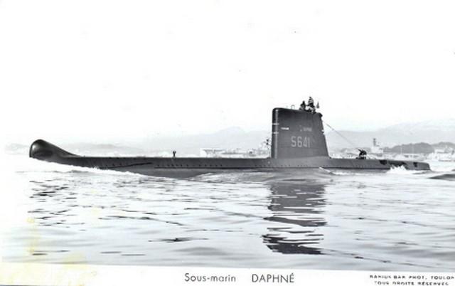 DAPHNÉ (SM) - Page 2 07121210