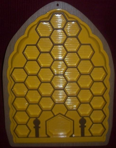 [RESOLU : La Ruche Merveilleuse, VULLI] ruche Maya l'Abeille 000_9210