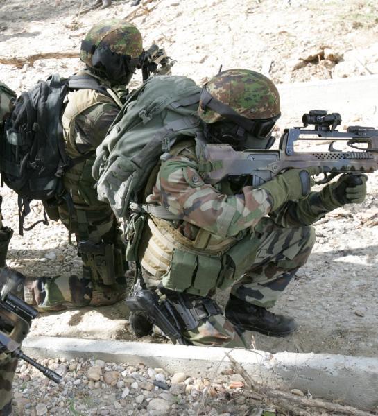 NUNES-PATEGO Guillaume 17e RGP -  59e soldat français mort au Champ d'Honneur en Afghanistan: caporal-chef Guillaume NUNES-PATEGO du 17e Régiment de Génie Parachutiste - Page 2 17e_rg10