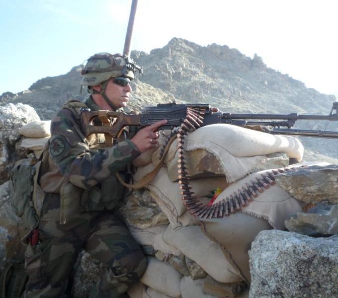 La section Gris 4 du lieutenant M est actuellement en mission au sein du Battle Group RAPTOR 1er_rc23