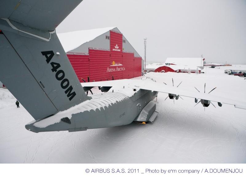 Quelques belles photos de l'A400M au nord du cercle polaire artique 48854-11