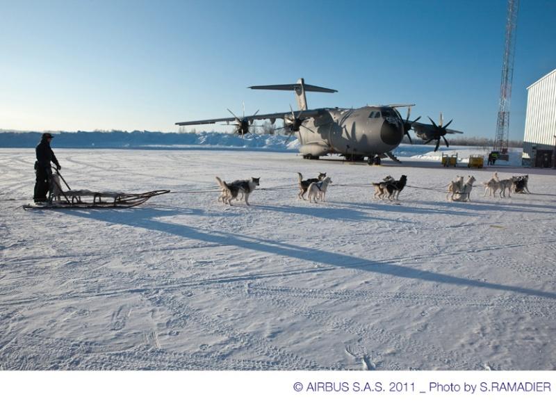 Quelques belles photos de l'A400M au nord du cercle polaire artique 48861-10