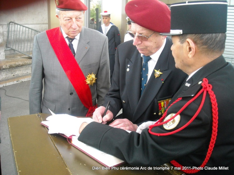 7 mai 2011 cérémonie Dien Bien Phu dans toute la France - Page 3 Dscn1321
