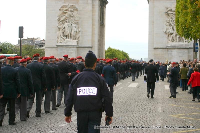 Cérémonie 2010 St MICHEL Archange Saint patron des parachutistes - UNP -Union Nationale Parachutistes - 2 octobre 2010 Img_8821
