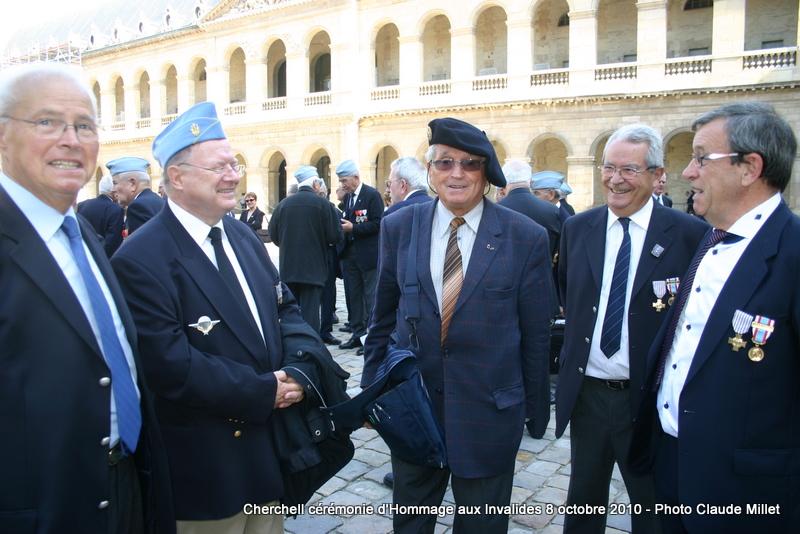 CHERCHELL Esprit de cohésion entre Cherchelliens - INVALIDES 8 octobre 2010 Img_9013