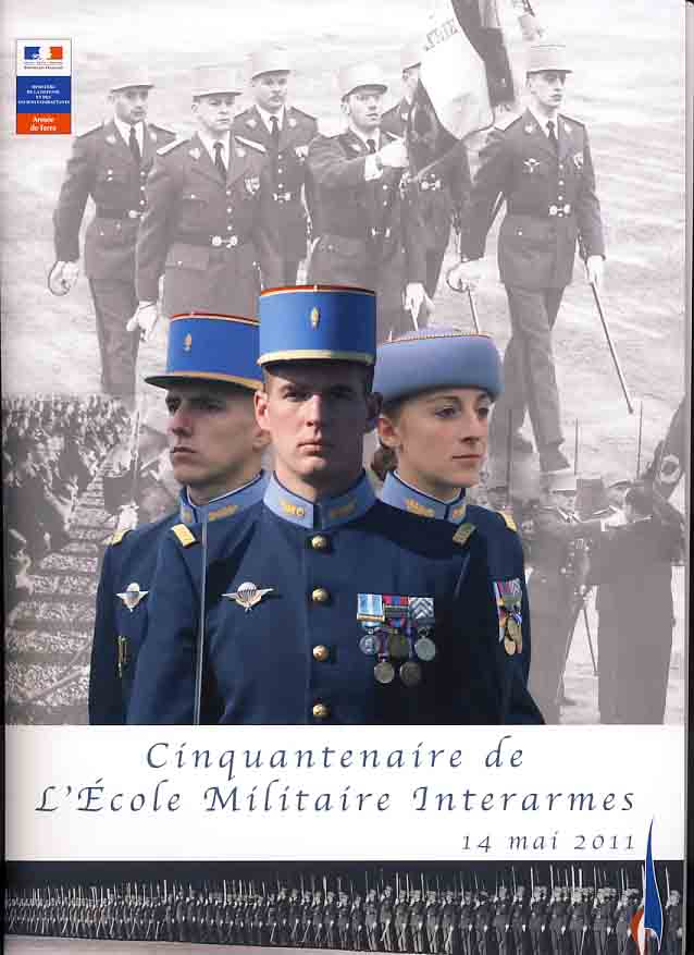 L'Ecole Militaire Interarmes reçoit la Légion d'Honneur Plaque10