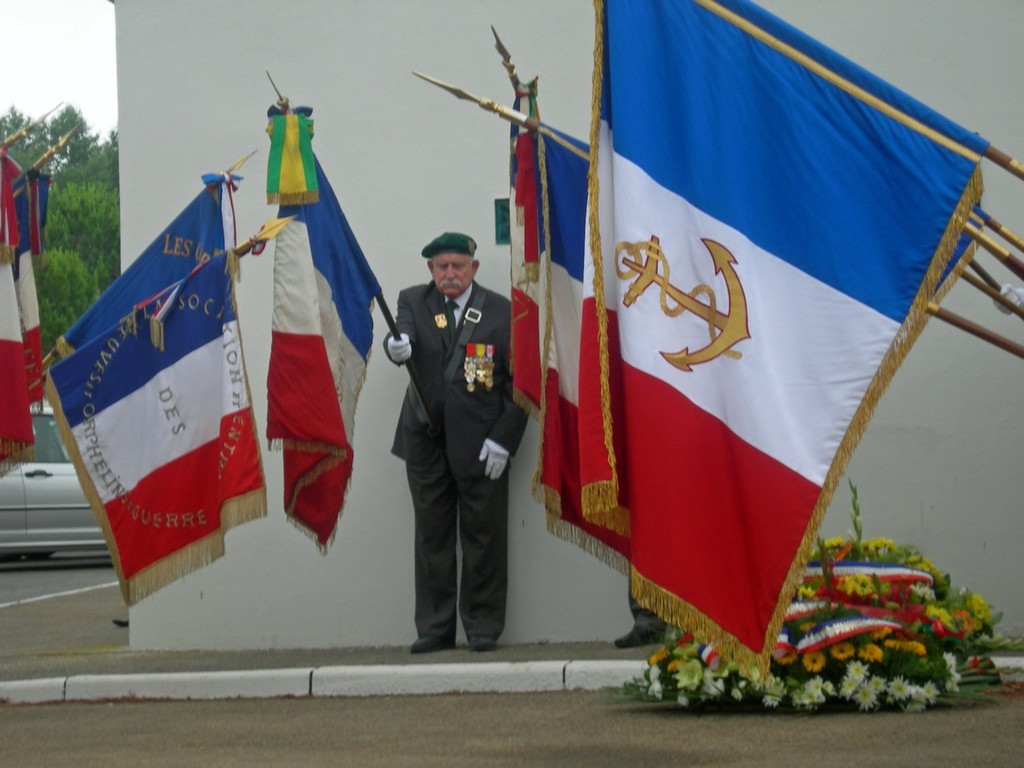[ Associations anciens Marins ] Associations Patriotiques Dscn3310