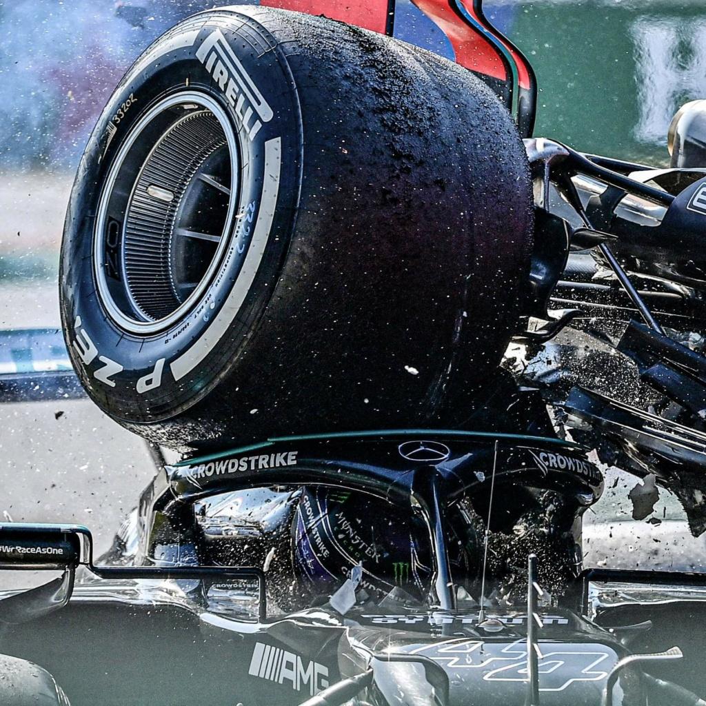 """Pensez-vous qu'il y aura un ou plusieurs """"incidents ou accidents"""" entre Hamilton et Verstappen (saison 2021)  ? Ff83a510"""