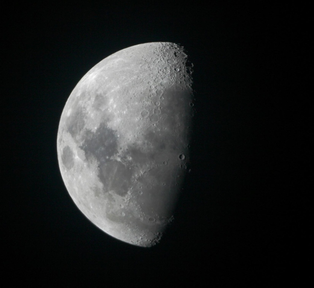 La Lune - Page 12 Lune_110