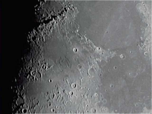 La Lune - Page 6 Lune_310