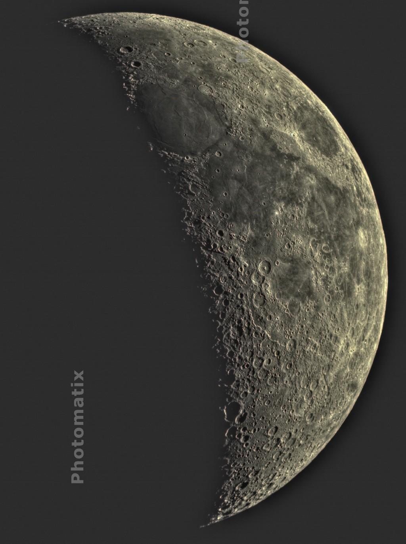 La Lune - Page 11 Lunees10