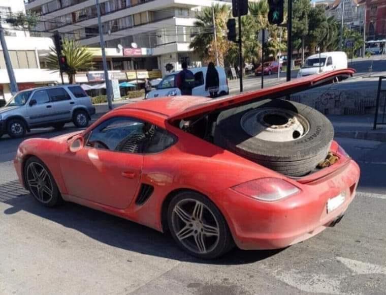 Porsche drôle/insolite - Page 16 15579610
