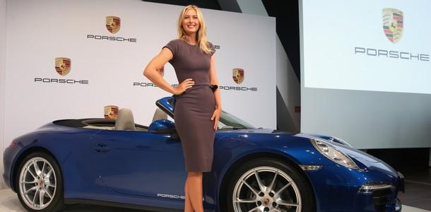 Les célébrités et leur Porsche 16718110