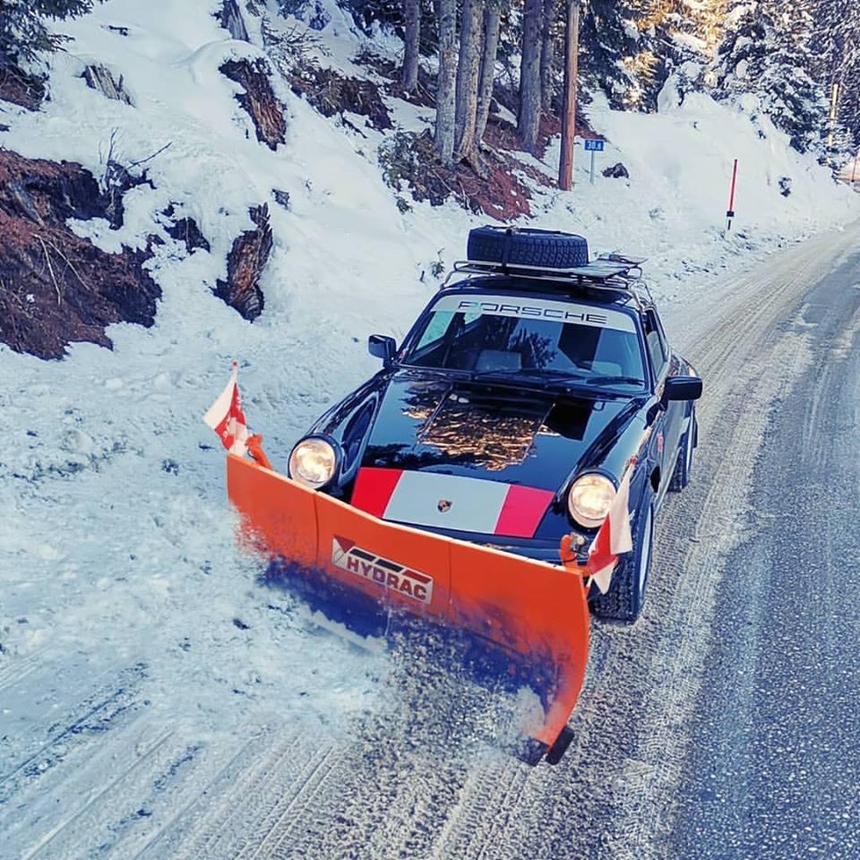 Porsche drôle/insolite - Page 15 49844910