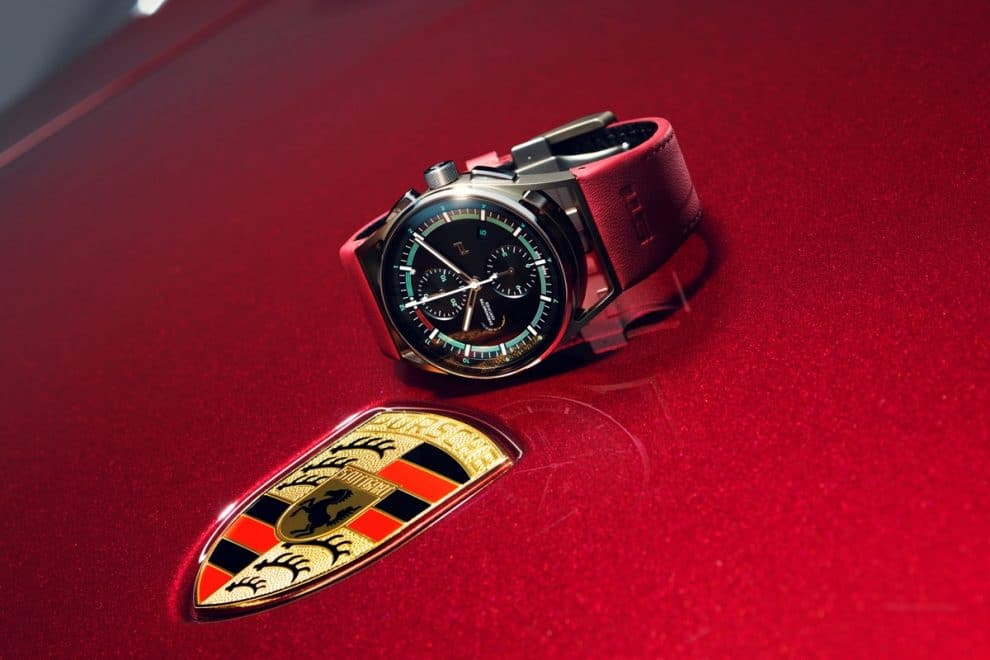 Porsche 911 Targa 4S Heritage Design Edition Chrono10