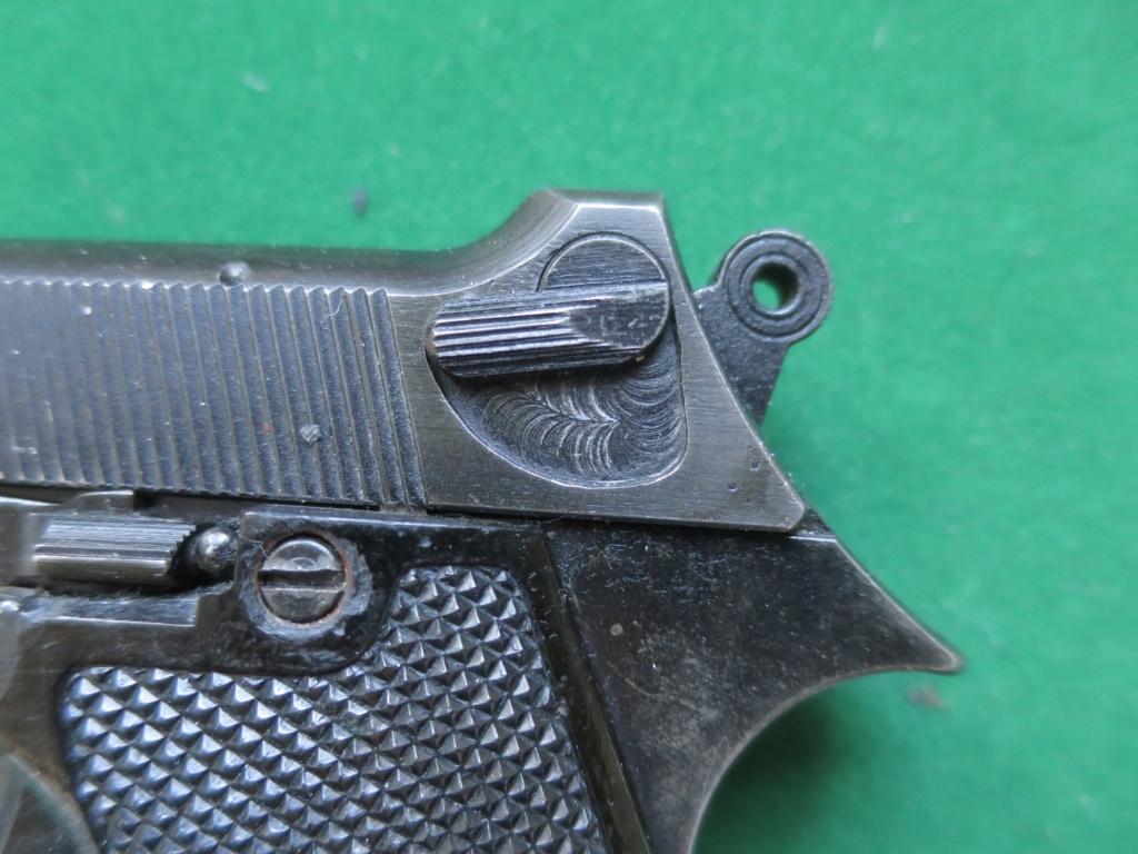 """Pistolet réglementaire MAS Modèle 1935 """"S"""" - Page 2 Img_2420"""